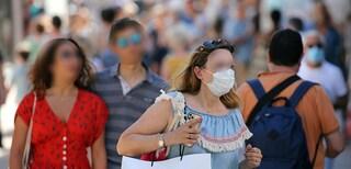 """Quarantena per rientri in Campania, ma solo per i residenti: """"Turisti non portano il virus?"""""""