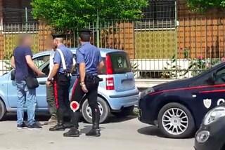 """""""Dammi i soldi per il parcheggio"""": ma lui chiama i carabinieri di Salerno e lo fa arrestare"""