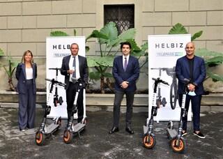 A Napoli monopattini elettrici tra piazza Garibaldi e Mergellina. Costano 20 cent al minuto