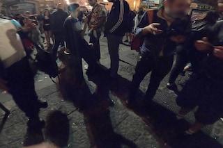 Troppi assembramenti su via Aniello Falcone, al Vomero arriva la polizia