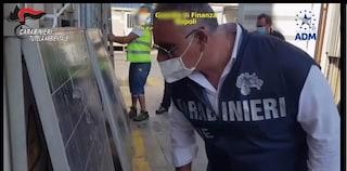 Pannelli fotovoltaici dismessi venivano venduti in Africa: sequestrati 10mila al Porto di Napoli