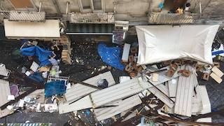 Nubifragio a Napoli: cade tettoia alla Pignasecca, ragazza ferita. Danni in tutta la città