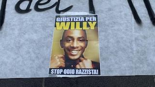 Napoli contro Salvini, in piazza anche striscioni per Willy Monteiro Duarte
