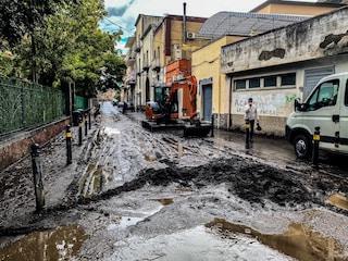 Maltempo, a Sarno sfollate 250 persone dopo la colata di fango nelle strade