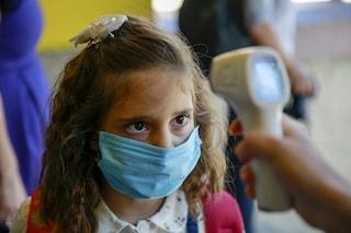 Covid Pomigliano: troppi contagi in Campania, bimbi in classe restano senza banchi