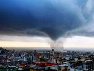 Maltempo Salerno: tromba d'aria, danni e paura. Vento a oltre 100 km/h
