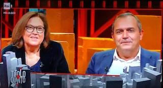 """De Magistris in tv durante gli scontri: """"Non ho lasciato lo studio per non scappare dalle domande"""""""