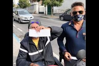 In Tangenziale col quadriciclo elettrico per sbaglio, anziano disabile salvato dalla Polizia