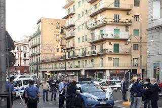 Incidente in via Foria, morto uomo investito da volante Polizia