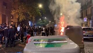 Scontri e guerriglia a Napoli contro il coprifuoco: ci sono due arresti