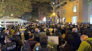 Napoli, ricomincia la protesta: migliaia di persone manifestano al Vomero