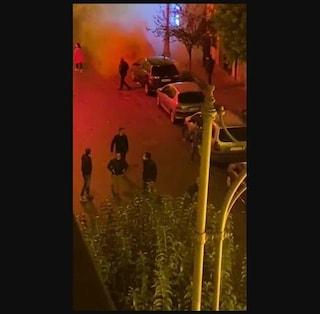 Coprifuoco, proteste nella notte a Salerno: manifestanti sotto casa di Vincenzo De Luca