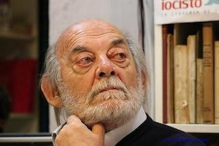 È morto il giornalista napoletano Carlo Franco, reporter di razza