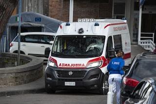Emergenza Covid, l'Asl Napoli 1 compra 4 ambulanze, 24 in arrivo: attualmente ne ha 17