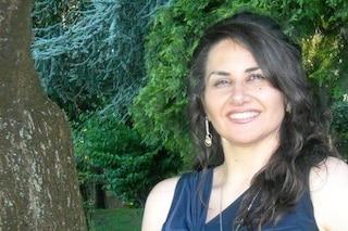 La maestra Anna muore di Covid a 47 anni, il padre deceduto pochi giorni fa