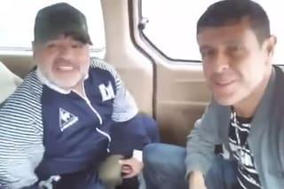 """Il video di Maradona che canta Cient'Anne: """"Napoli sempre nel mio cuore"""""""