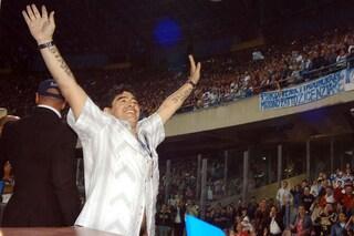 Morto Maradona, a Napoli lutto cittadino