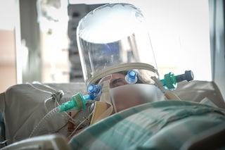 In Campania per Covid occupato il 58% delle terapie intensive e l'82% dei posti letto negli ospedali