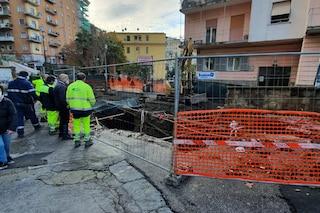 Dopo la pioggia voragini al Vomero: via Pigna senza acqua, maxi buca a piazza Canneto