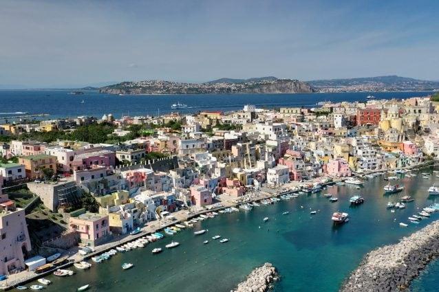 Procida candidata a Capitale Italiana della Cultura 2022, domani la  decisione del Mibact