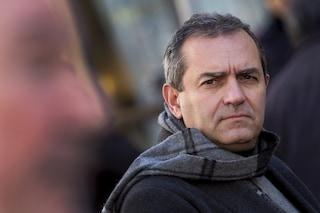 """De Magistris: """"È De Luca il primo imbucato dei vaccini in Campania"""""""