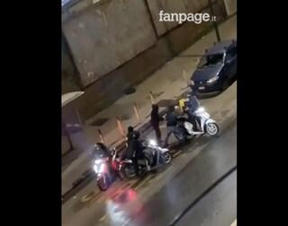 Rider rapinato a Napoli, fermo per tutti i sei giovani: quattro sono minorenni