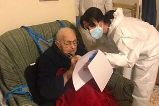 La storia da film di Gary, vaccinato a 102 anni contro il Covid a Piano di Sorrento