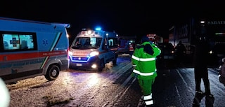 Violenta grandinata, incidente a catena a Pontecagnano: 12 auto coinvolte e 8 feriti