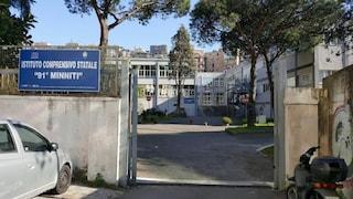Napoli, focolaio Covid nella scuola Zanfagna di Fuorigrotta: positivi 18 alunni