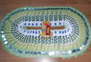 Vanno in giro con quasi 6mila euro in banconote false tra i negozi di Napoli