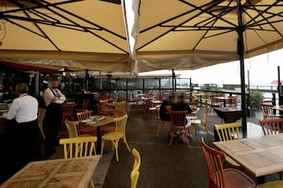 """I ristoratori a De Luca: """"Possiamo riaprire se ci sono nuove regole, ecco quali"""""""