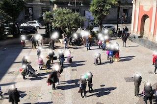 """Covid, a Frattamaggiore troppa gente in strada per Carnevale. L'ira del sindaco: """"Ma siamo pazzi?"""""""