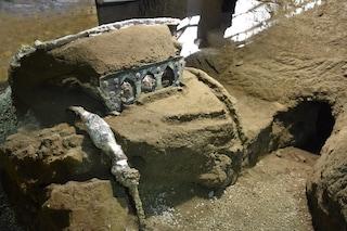 Gli Scavi di Pompei stupiscono ancora: scoperto un carro da parata integro