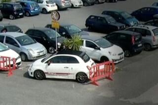 Furti di auto a raffica nei parcheggi del centro Campania e dell'Ikea, 4 arresti