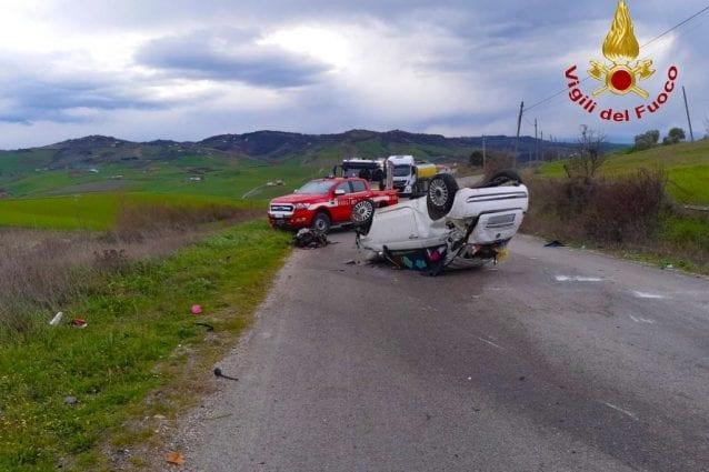 L'incidente a Montecalvo Irpino che ha visto coinvolta una ventenne originaria di Bergamo.