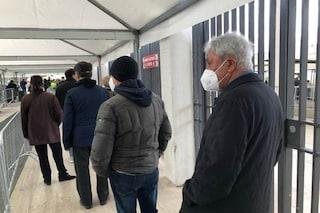 """Vaccino Covid, Antonio Bassolino: """"Ho aspettato il mio turno e oggi ho fatto Astrazeneca"""""""