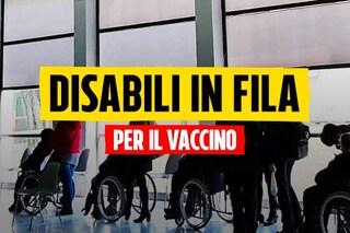 A Napoli disabili in carrozzella fino a 3 ore in fila per il vaccino Covid