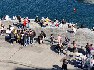 Covid, aumentano controlli nel weekend a Napoli, focus su spiagge e litorali