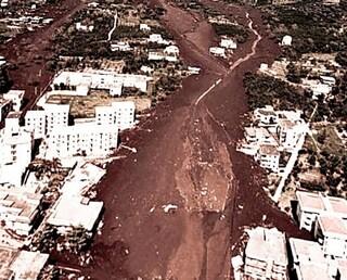 Il 5 maggio 1998 alluvione a Sarno, Bracigliano, Quindici e Siano: 161 morti, travolti dal fango