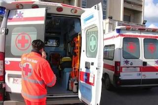 Paziente colpisce con calcio al petto medico del 118 arrivato a soccorrerlo a Ponticelli