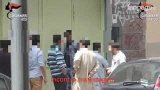 Napoli, sgominata la banda che creava documenti falsi per i clandestini: 14 arresti