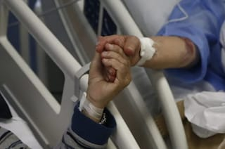 Marito e moglie muoiono per Covid a pochi mesi di distanza: tragedia a Sant'Antonio Abate