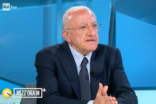 """De Luca: """"In Campania finiti vaccini Pfizer, dobbiamo chiudere due centri"""""""
