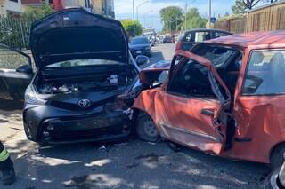 Incidente tra Giugliano e Parete: tre automobili coinvolte, un ferito grave