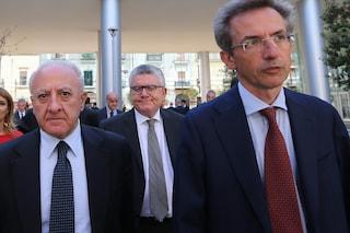 Candidato sindaco a Napoli, il centrosinistra ribolle. De Luca vuole Manfredi, ma la fuga in avanti non piace