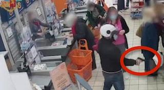 Fermato su uno scooter rubato: 34enne sospettato di 5 rapine tra Soccavo e Fuorigrotta