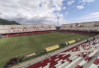 Salernitana in Serie A, la Regione Campania finanzia i lavori di adeguamento allo stadio Arechi