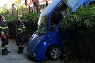Finisce fuori strada con l'auto a Bellizzi, ferita la ragazza alla guida: è in ospedale