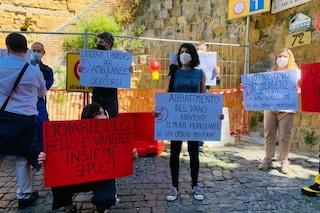 Capodimonte, ancora chiusa via Morisani al Moiariello: protesta degli abitanti