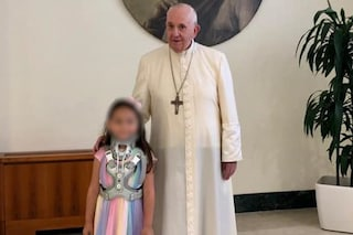 Papa Francesco ha incontrato la piccola Noemi, bimba ferita dalla camorra a Napoli